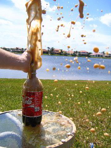 Mentos-Coca-Cola-10
